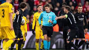 Eintracht Frankfurt in der Europa League: Ärger über Schiedsrichter
