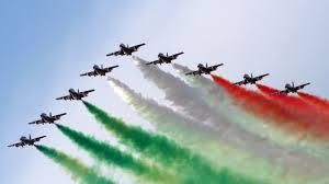 Frecce Tricolori - Airshow 2016 Arona - YouTube