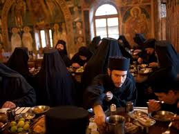 Αποτέλεσμα εικόνας για ζωη μοναχων αγιος ορος