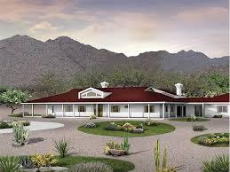 sprawling ranch home 057h 0037