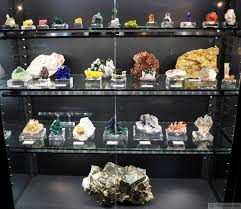 Gem Display Stands Mineralsnet Mineral News NYNJ Gem Mineral Show Report 59
