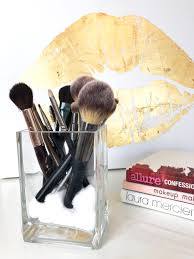 the 9 makeup brushes you actually need how to use them
