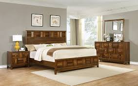 Awesome Amazon.com: Roundhill Furniture Calais Solid Wood Construction Bedroom Set  With Bed, Dresser, Mirror, Night Stand, Queen, Walnut: Kitchen U0026 Dining