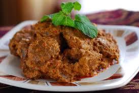 Ketelatenan dibutuhkan untuk membuat masakan olahan daging ini. Masakan Padang Daging Rendang Padang Asli Dan Istimewa Katalog Kuliner