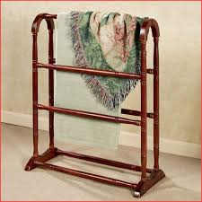 Free Standing Quilt Display Rack Interesting Bedroom Accessories Folding Blanket Rack Freestanding Blanket Rack