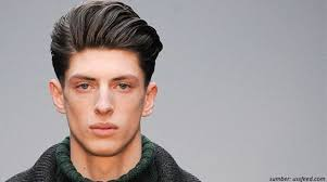 Model potongan rambut yang tidak sesuai dengan bentuk wajah akan mempengaruhi penampilan anda. 12 Model Rambut Pendek Pria Sesuai Bentuk Wajah Pilih Mana