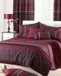maroon and earthy brown duvet cover idea in extra large size some pillows white wood bedside