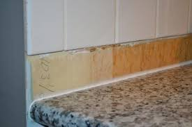 and gap between backsplash countertop 8