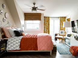 New To Spice Up The Bedroom Creative Ways To Decorate With Branches And Leaves This Fall