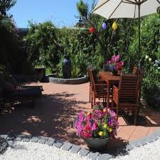 clean your outdoor patio furniture
