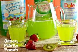 Best 25 Sweet Alcoholic Drinks Ideas On Pinterest  Fun Drinks Party Cocktails For A Crowd