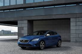 Volvo V40 2019 R Design Review Volvo V40 T5 R Design Tested Ahead Of Successors