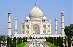 simple essay on taj mahal for class  the taj mahal was constructed in 1648 by the order of emperor shah jahan for his beloved wife it took twenty thousand people and approximately twenty two