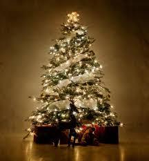 Classy Christmas Tree (01) ...