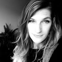 Viola Richter – Graphic Designer and Assistant to the management ...