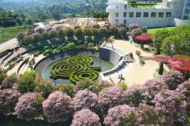 the best botanical gardens and oases in los angeles