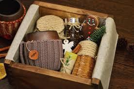 Мурманчанка собирает <b>подарочные</b> наборы с уникальной ...