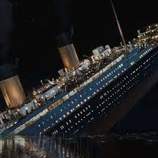 Korrigiert: Titanic sinkt jetzt unterm richtigen Himmel