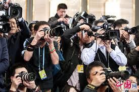 Фотографии: журналисты на «двух сессиях» 2013
