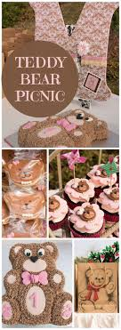 How cute is this teddy bear picnic party?! See more party ideas at  CatchMyParty