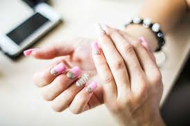how to remove sns nails at home with