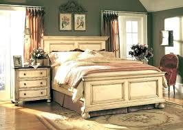 Antique White Bedroom Furniture Antique White Distressed Bedroom ...