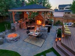 landscaping ideas for an outdoor kitchen