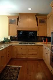 G Shaped Kitchen Layout Five Basic Kitchen Layouts Cabinet Countertop Inspirations