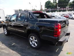 2013 Chevrolet Black Diamond Avalanche Specs and Photos | StrongAuto