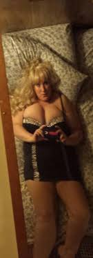 Available now upscale RATED XXX Toledo women seeking men.