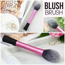 real techniques blush brush. real techniques blush brush