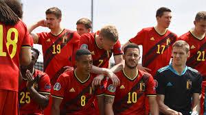 Alle mannschaften der fußball europameisterschaft 2021 (euro 2020) auf einem blick diese 24 teams nehmen an der em 2021 teil inklusive kader. Em 2021 Live Danemark Verliert Nach Emotionalen Eriksen Momenten Belgien Auf Kurs