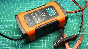 Хорошее <b>зарядное устройство</b> для автомобильных <b>аккумуляторов</b>