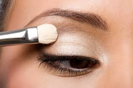stick with light colors on your lids