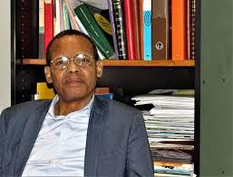 Tierno Monenembo : « J'ai eu envie de raconter l'histoire de la Guinée indépendante»
