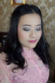 add to board high graduation by valency makeup artist 002