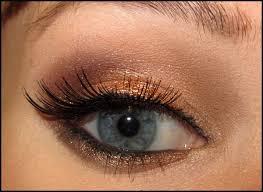 winter weather got you down beauties how about a beautiful bronze smokey eye to warm