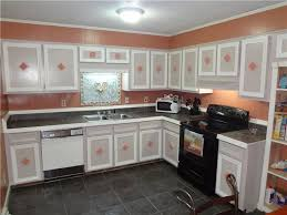 two tone painted kitchen cabinets design