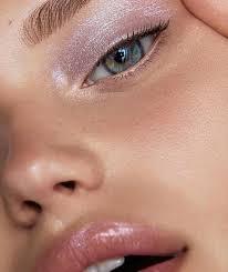 Pin by Ivy Leonard on MAKEUP INSPIRATION   Iridescent eyeshadow, Eye  makeup, Beauty makeup