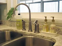 but sometimes change is a good thing why because the kind folks at delta faucets generously offered to let us take their new pilar pull down faucet with
