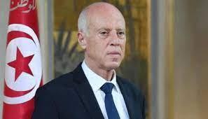 نال سعيّد ثقة الجيش'... الرئيس التونسي ارتكز في قراراته على دعم عسكري