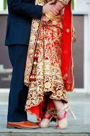 Lehenga Design In Nepal Nepali Bride Wedding Photography Poses Lehenga Designs Bride