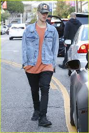 best images about justin bieber and on justin bieber kicks off his weekend shopping a secret show photo 905578