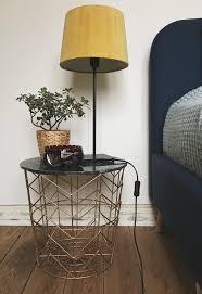 Nachttisch Die Schönsten Wohnideen Gibts Bei Couch