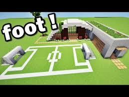 maison de luxe et terrain de foot sur minecraft tuto