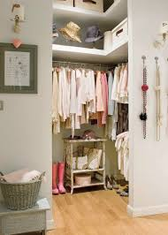 22 Spectacular Dressing Room Design Ideas And Tips For Walk In Small Dressing Room Design Ideas