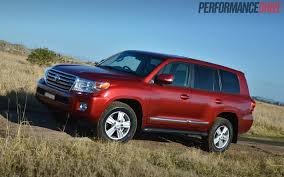 2014 Toyota LandCruiser Sahara V8 review (video) | PerformanceDrive