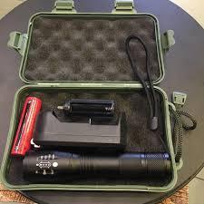 Đèn pin bỏ túi siêu sáng chống nước kèm bộ pin sạc Ultra V (Tặng hộp đựng  màu ngẫu nhiên) - Đèn pin Thương hiệu OEM