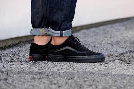 vans old skool black. vans old skool black r