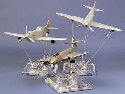 Model Display Stands FlexiDisplay Model Stand Review by Brett Green Creative Displays 2